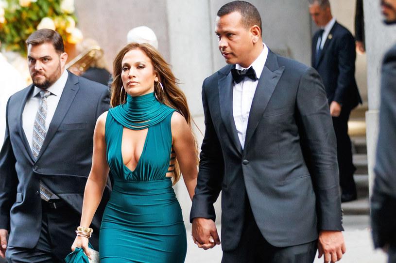 Jennifer Lopez zadała szyku na imprezie znajomych miliarderów /East News