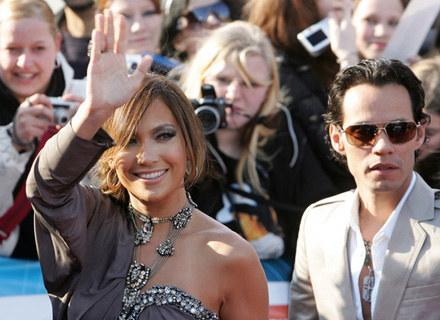 Jennifer Lopez zagra złodziejkę, która zatrudnia się jako niania. /AFP