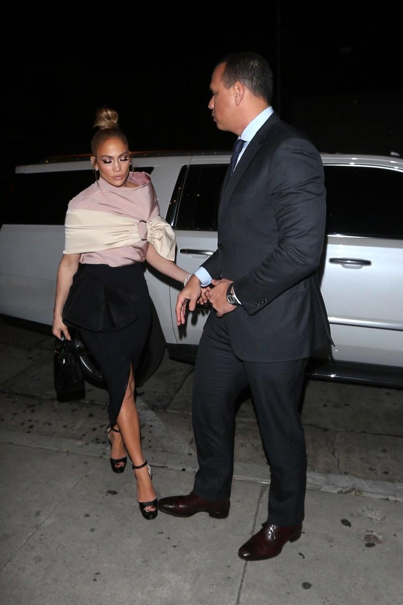 Jennifer Lopez ze swoim partnerem /Agencja FORUM
