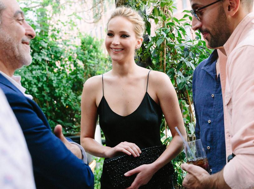 Jennifer przyznaje, że makijaż nosi wyłącznie na wielkie wyjścia i filmowe gale /East News