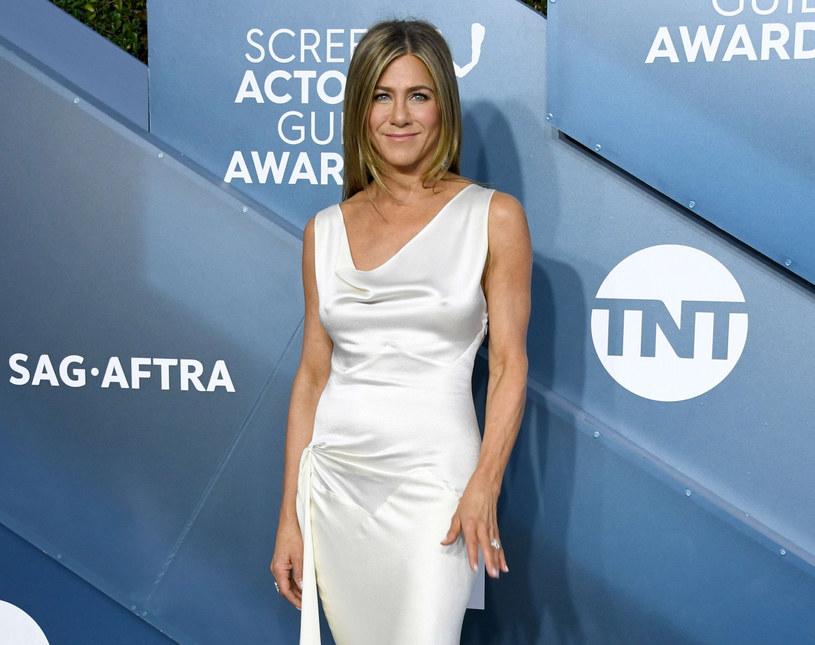 Jennifer stała się symbolem doskonałych, atletycznie wyglądających ramion /Jon Kopaloff /East News