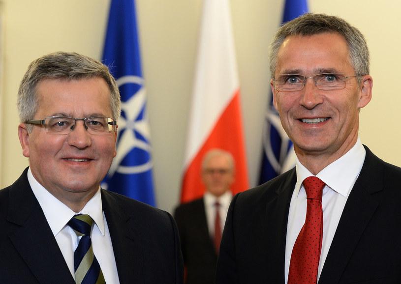 Jens Stoltenberg i Bronisław Komorowski /AFP
