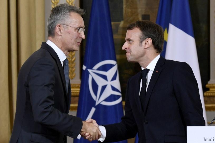Jens Stoltenberg i Emmanuel Macron w trakcie spotkania w Paryżu. /BERTRAND GUAY /PAP/EPA