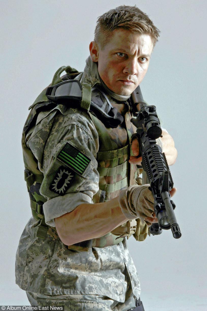"""Jeremy Renner w filmie """"The Hurt Locker - W pułapce wojny"""" /East News"""
