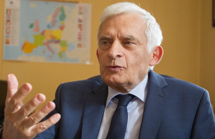 Jerzy Buzek /PAP/Andrzej Grygiel    /PAP