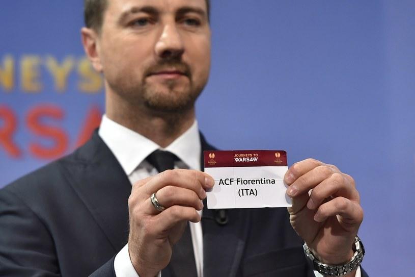 Jerzy Dudek podczas losowania Ligi Europejskiej /AFP