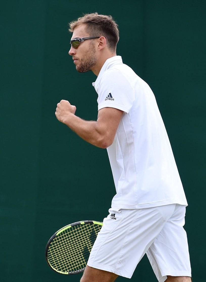 Jerzy Janowicz zaszalał dziś na Wimbledonie. /PAP/EPA