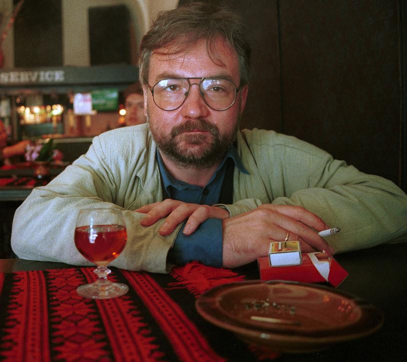Jerzy Pilch, początek lat 90. /Grzegorz Kozakiewicz /Agencja FORUM