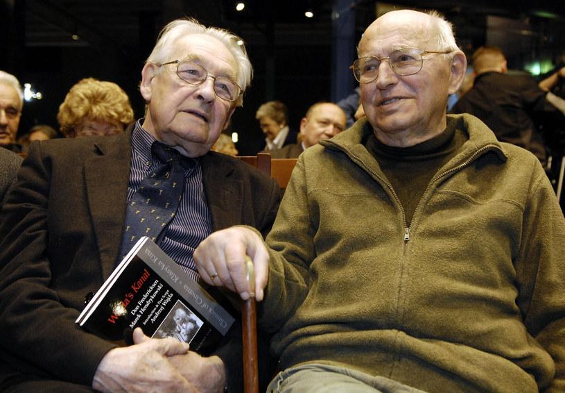 Jerzy Stefan Stawiński (P) z Andrzejem Wajdą /Donat Brykczyński /Reporter
