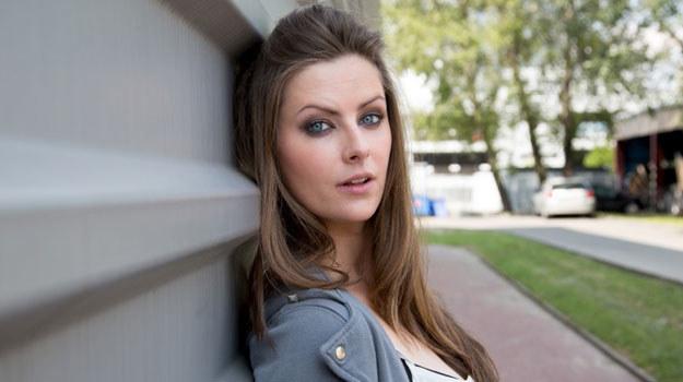 """Jesienią Laurę Breszkę zobaczymy w jednym z odcinków piątego sezonu """"rodzinki.pl"""", gdzie wcieli się w Pati /Agencja W. Impact"""
