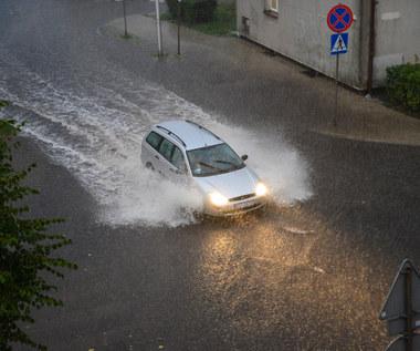 Jeśli burza złapie cię na drodze... nie panikuj!