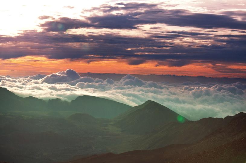 Jeśli chodzi o wysokość bezwzględną Mauna Kea jest wyższa niż Mount Everest /123RF/PICSEL