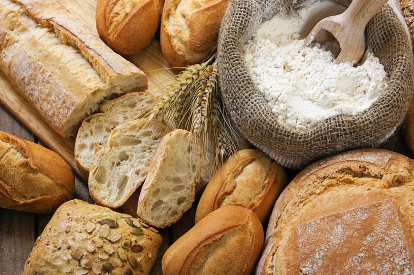 Jeśli jesteśmy zdrowi, nie powinniśmy rezygnować  z jedzenia glutenu, bo jako białko jest on składnikiem niezbędnym dla prawidłowego rozwoju i funkcjonowania człowieka. /123RF/PICSEL
