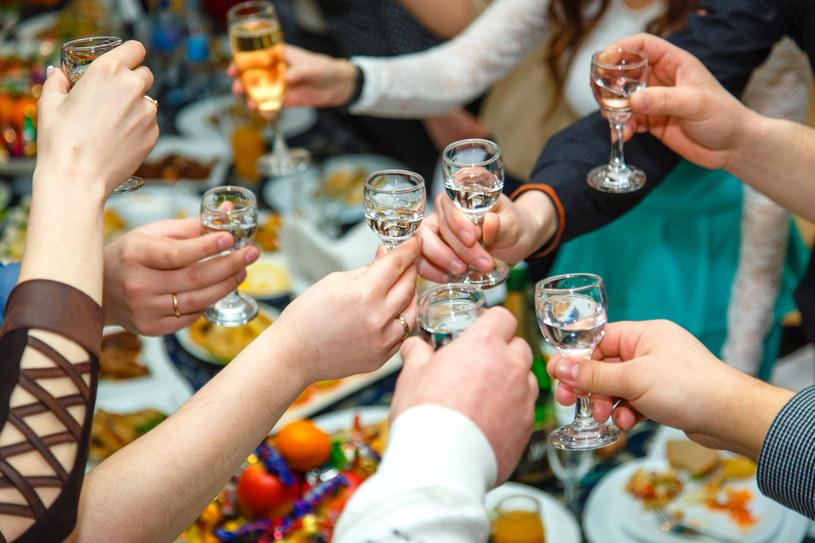 Jeśli ktoś nie potrafi pić, to nie powinien tego robić w wigilię /123RF/PICSEL