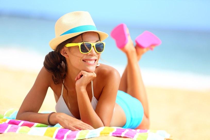 Jeśli masz niebieskie oczy, twoje oczy są bardziej narażone na szkodliwe działanie promieni słonecznych /123RF/PICSEL