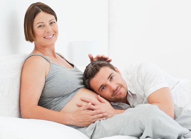 Jeśli mąż nie jest gotowy na oglądanie cierpienia żony, powinien zrezygnować z rodzinnego porodu /© Panthermedia