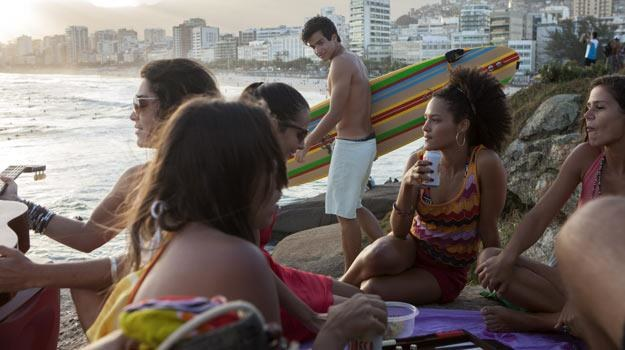 Jeśli miłość w Rio, to koniecznie na plaży... /materiały dystrybutora