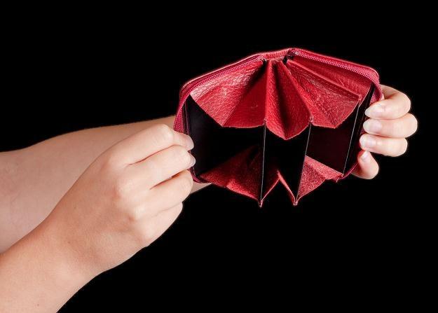 Jeśli nie możesz dostać kredytu, to możliwe, że twój wierzyciel wpisał cię do rejestru dłużników /©123RF/PICSEL