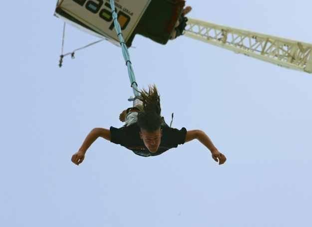 Jeśli nie używasz liny holowniczej, skoki na bungee są bezpieczne /Getty Images/Flash Press Media