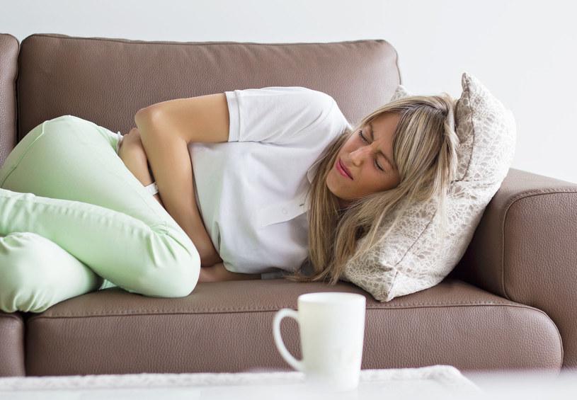 Jeśli odczuwasz ciągłe parcie na pęcherz i ból przy oddawaniu moczu, wybierz się do lekarza /123RF/PICSEL
