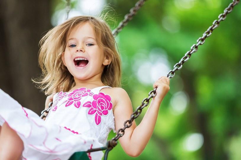 Jeśli pasję do sportu zaczniesz zaszczepiać w dziecku odpowiednio wcześnie, łatwiej będzie ci je zachęcać do ruchu, kiedy będzie starsze /materiały prasowe