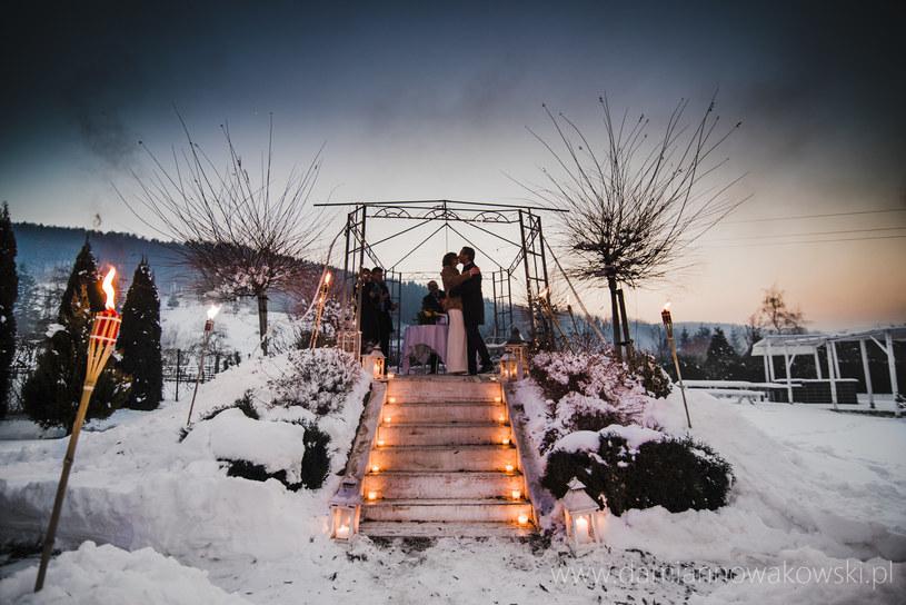 Jeśli planujesz ślub w górach, najpierw przygotowuj się na tamtejsze warunki /materiały prasowe