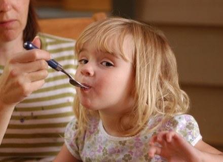 Jeśli rodzice są alergikami, pociecha mogła odziedziczyć tę skłonność /ThetaXstock
