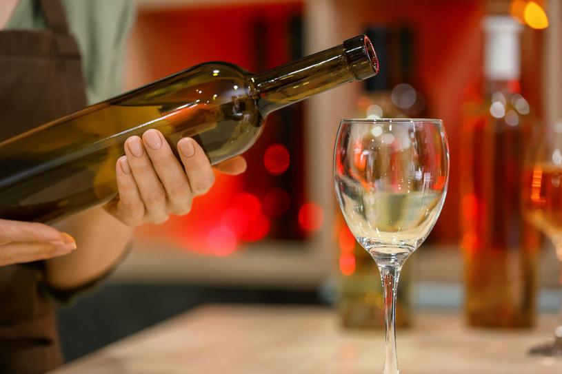 Jeśli uda się wytrzymać bez alkoholu przez cały styczeń, to może to być zachęta do tego, żeby w kolejnych miesiącach mniej pić /123RF/PICSEL