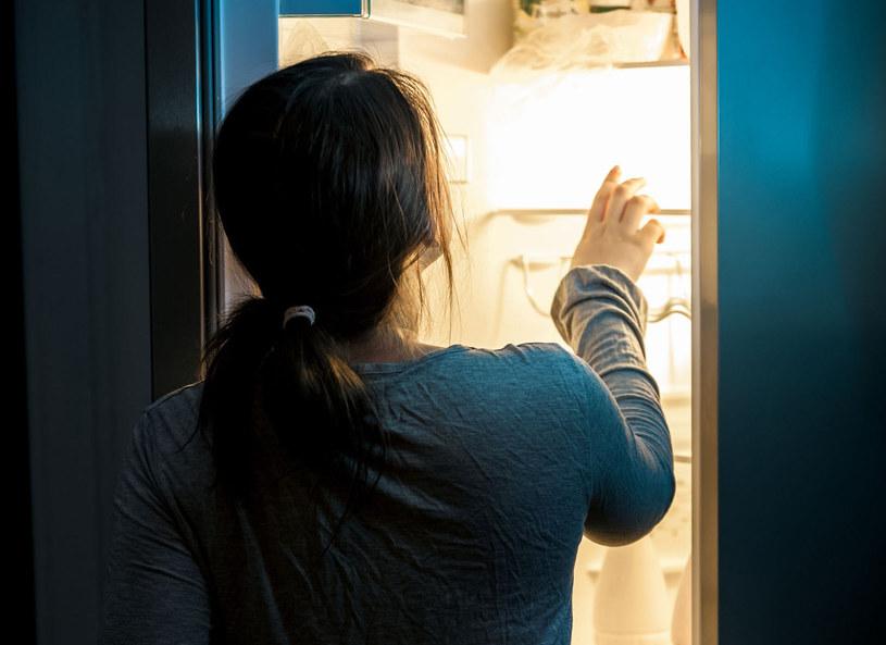 jeśli wieczorem odczuwamy głód, to oznaka, że w ciągu dnia zjedliśmy niewystarczająco dużo /Picsel /123RF/PICSEL