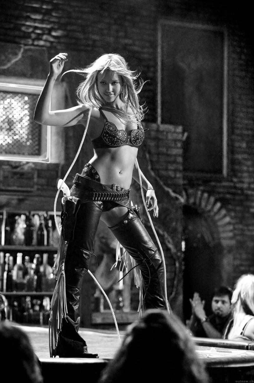 """Jessica Alba w filmie """"Sin City"""" (2005) /materiały prasowe"""