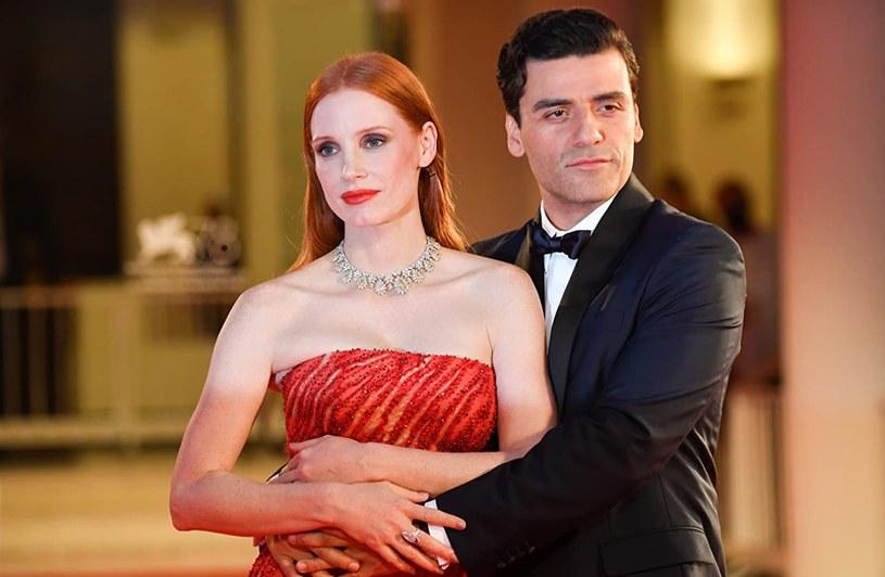 """Jessica Chastain i Oscar Isaac w """"Scenach z życia małżeńskiego"""" /HBO /materiały prasowe"""