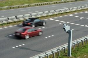 Jest afera. Fotoradary na autostradach. Toż to skandal!