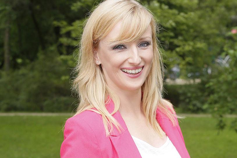 Jest jedną z gwiazd TVP, chociaż do telewizji trafiła całkiem niedawno /Baranowski /AKPA