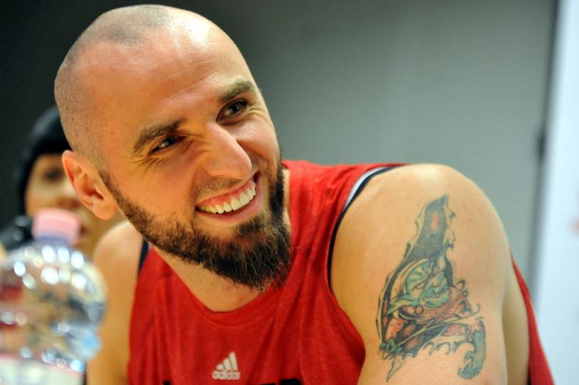 Jest pierwszym i jedynym Polakiem w najlepszej koszykarskiej lidze świata - NBA, gdzie gra już od 10 lat /Lasyk /Reporter