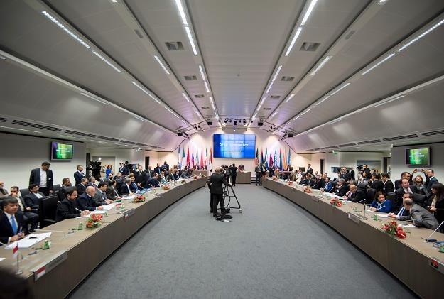 Jest porozumienie OPEC w sprawie zmniejszenia dostaw ropy /fot. Joe Klamar /AFP