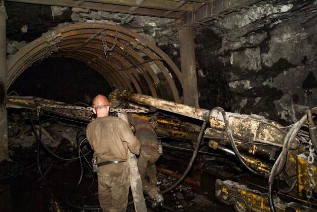 Jest spora szansa na to, że odejście z rządu Waldemara Pawlaka przyśpieszy reformę emerytur górniczy /©123RF/PICSEL