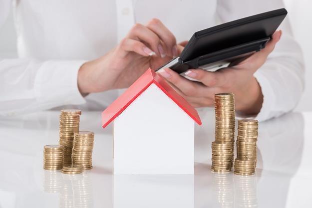 Jest szansa na kolejny spadek wysokości rat i zadłużenia kredytów we frankach /©123RF/PICSEL