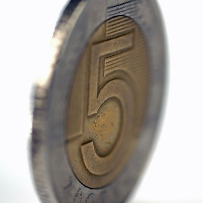 Jest szansa, że kurs złotego w środę może ponownie zaatakować poziom 3,98 za euro /© Bauer