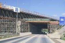 0007MEVR7TI2U2QI-C307 Jest umowa na budowę kolejnego odcinka drogi S7