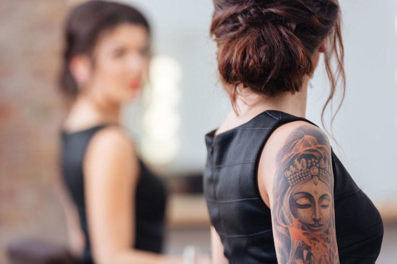 Jak Wybrać I Zadbać O Estetyczny Kobiecy Tatuaż Kobieta