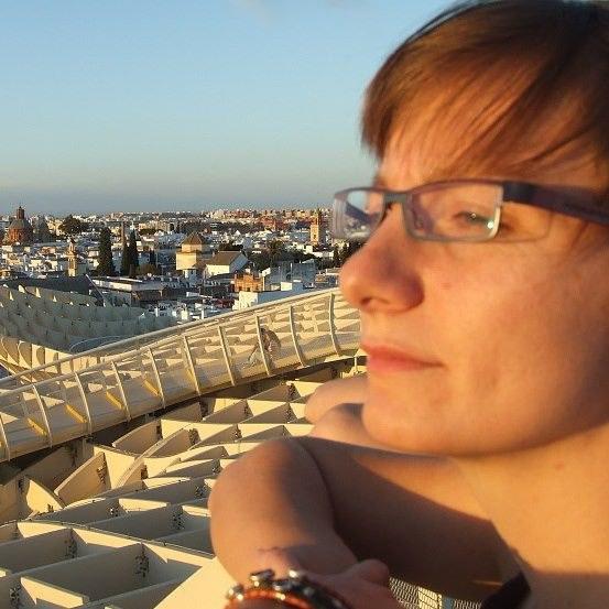 """Jestem Joasia, mam 32 lata, jestem """"syrenką"""" /Styl.pl"""