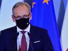 """""""Jestem przerażony"""". Minister zdrowia o obchodzących obostrzenia"""