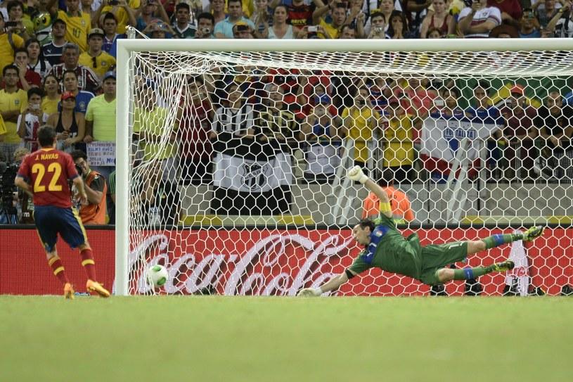 Jesus Navas wykorzystał karnego na 7-6 i dał awans Hiszpanii /AFP