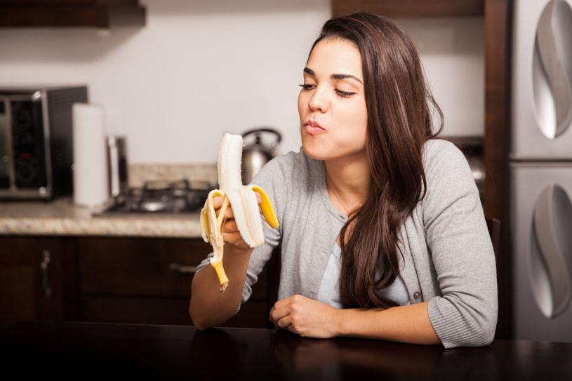 Jesz banany na okrągło? Uważaj na cukier! /123RF/PICSEL