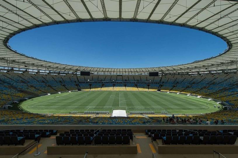Jeszcze 11 maja murawa słynnej areny była w idealnym stanie. /AFP