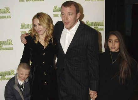 Jeszcze niedawno tworzyli rodzinę: Rocco, Madonna, Guy Ritchie i Lourdes - fot. Dave M. Benett /Getty Images/Flash Press Media