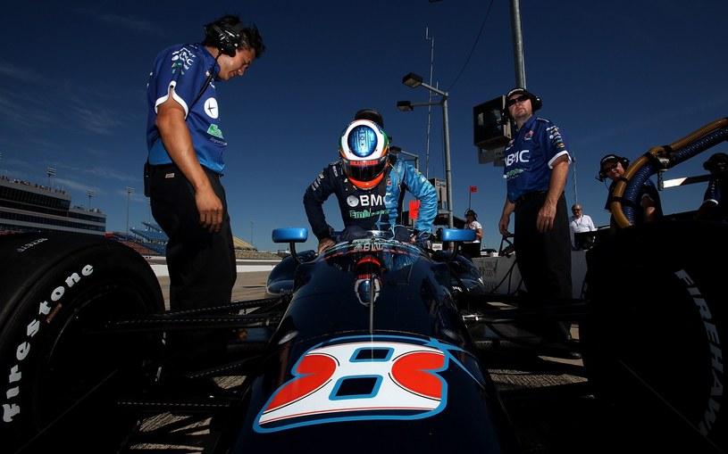 Jeszcze w 2012 roku Barichello startował w wyścigach IndyCar /AFP