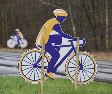 Jeździ nago na rowerze. Policja go łapie i daje mandaty