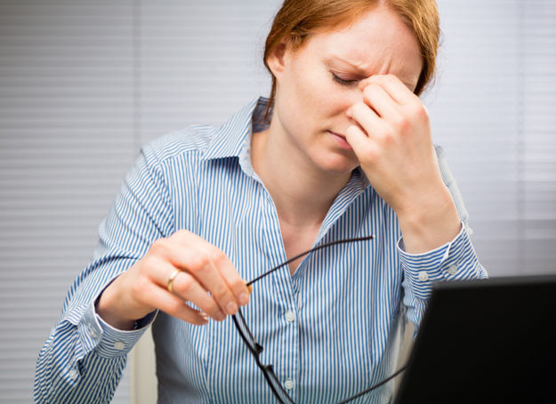 Jeżeli ból dokucza nam sporadycznie, warto zastosować domowe metody jego łagodzenia /Picsel /123RF/PICSEL