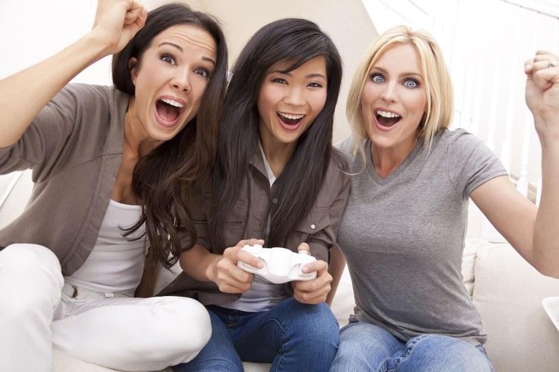 Jeżeli myślisz, że dziewczyny najchętniej spędzają czas na plotkach, to jesteś w błędzie... /123RF/PICSEL